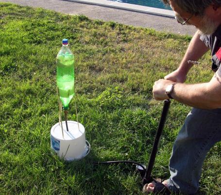 Bouw een waterraket biologie plus school - Hoe een overdekt terras te bouwen ...